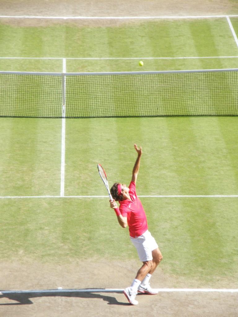 Federer au service
