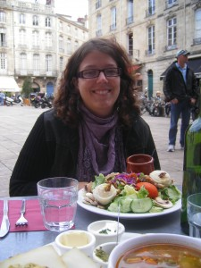 Lunch on the terrace in Bordeaux
