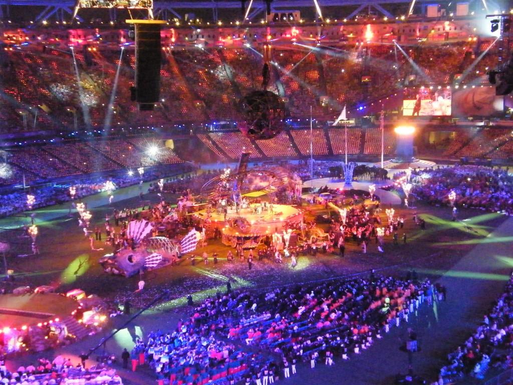 Coldplay met le feu dans le stade