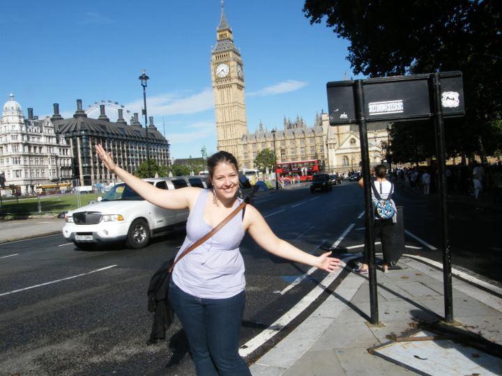 Lucie à Londres, quelques mois avant de partir en tour du monde