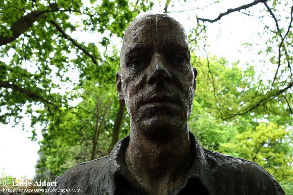 Mister scary, Holland Park, Londres