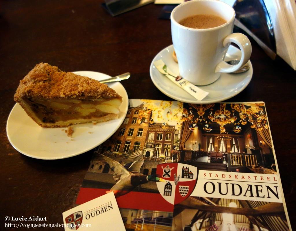Café et gâteau aux pommes