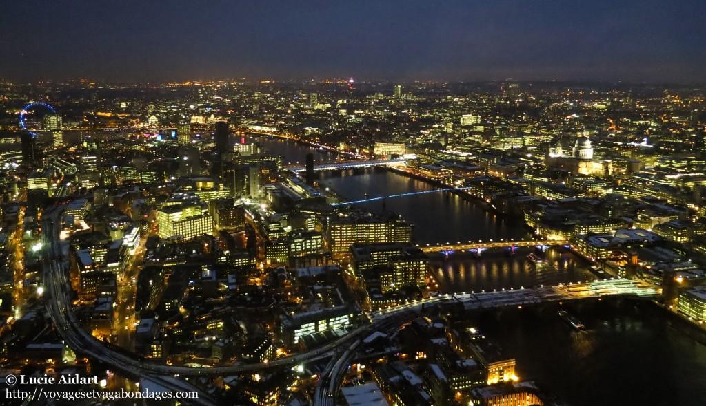 Vue nocturne depuis le Shard à Londres