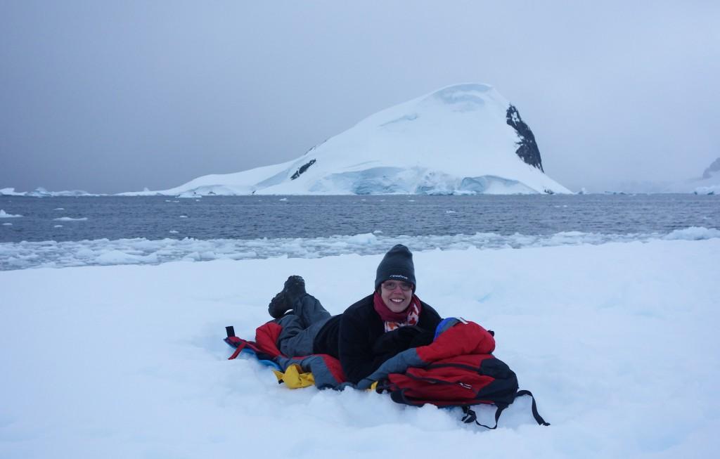 Prête à dormir sur la banquise en Antarctique
