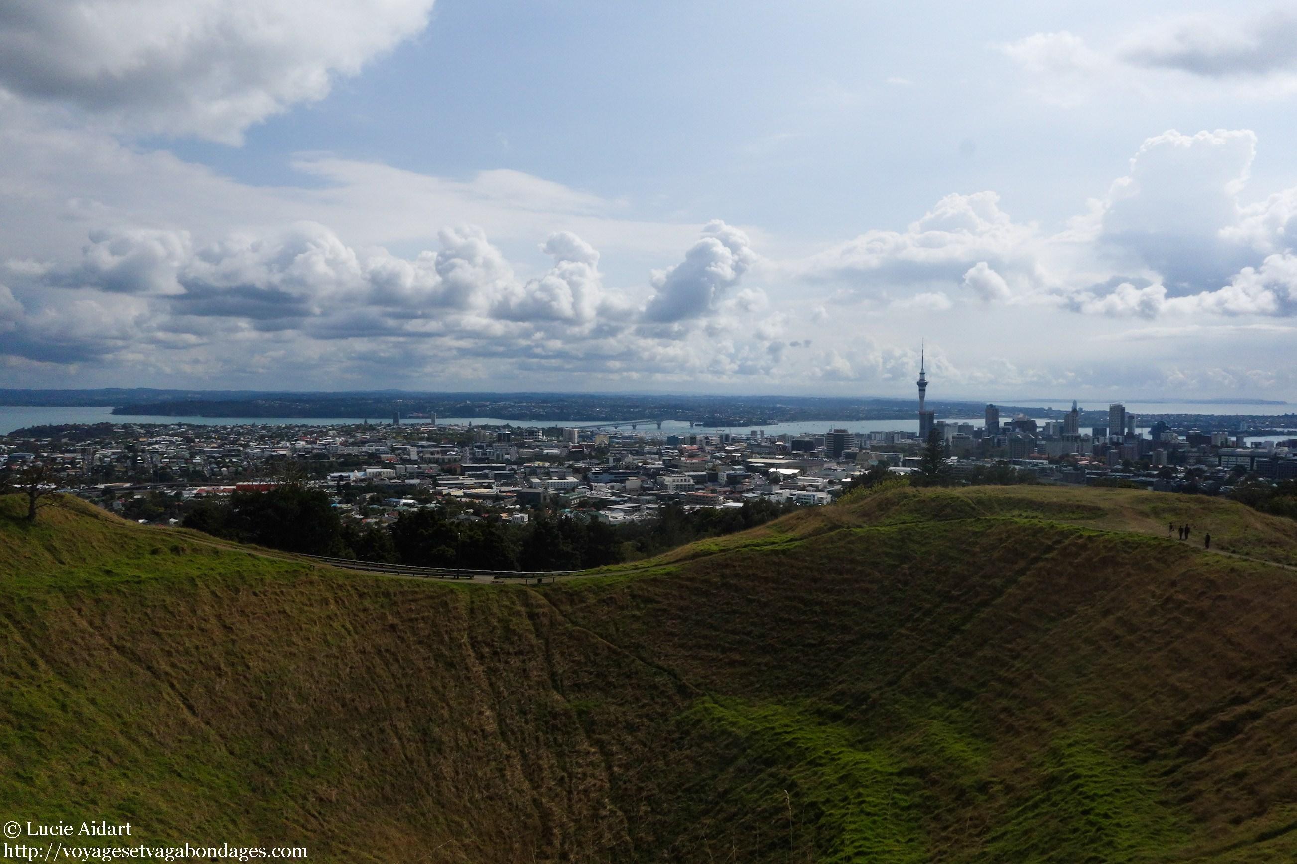 site de rencontre gratuit à Auckland 21 luttes d'être une fille courte datant d'un gars vraiment grand
