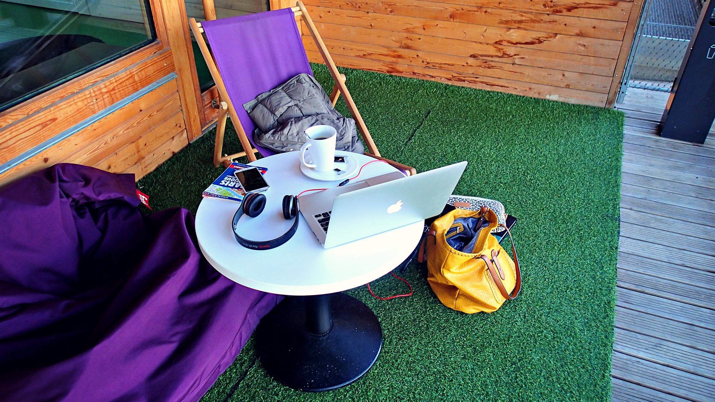 P10101871 Big Blog X: Breakfast at the Hostel!
