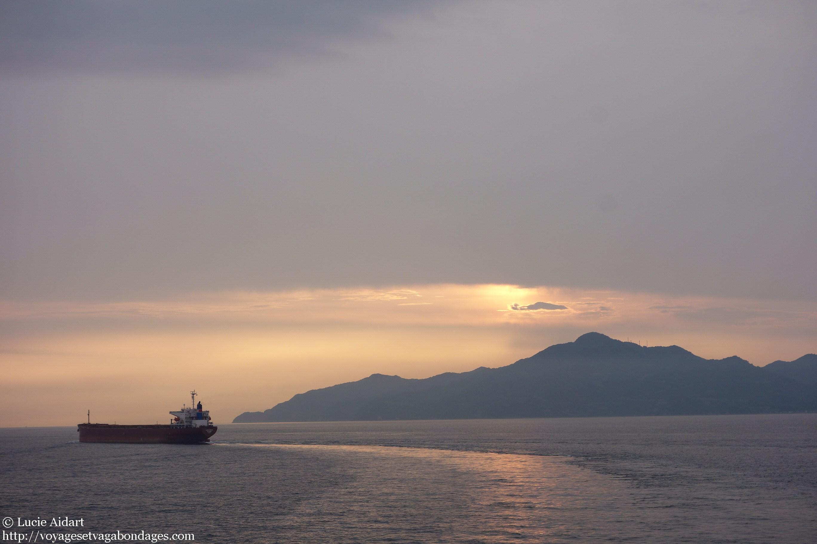 Ferry entre le Japon et la Chine