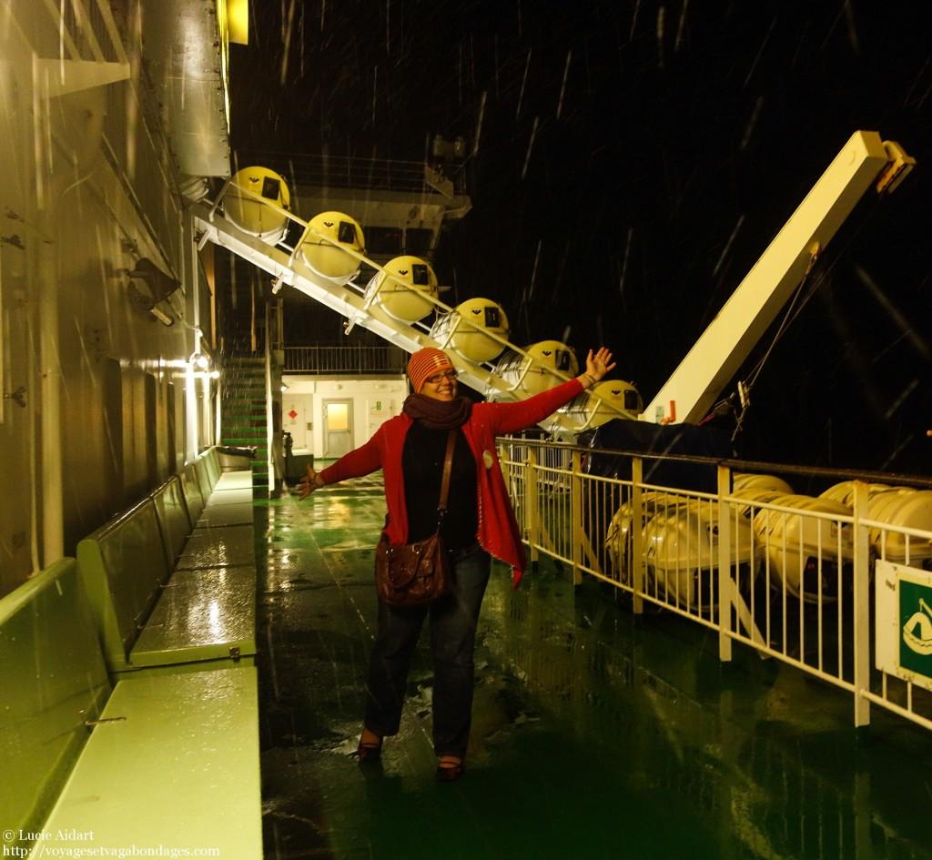 Première neige sur le bateau