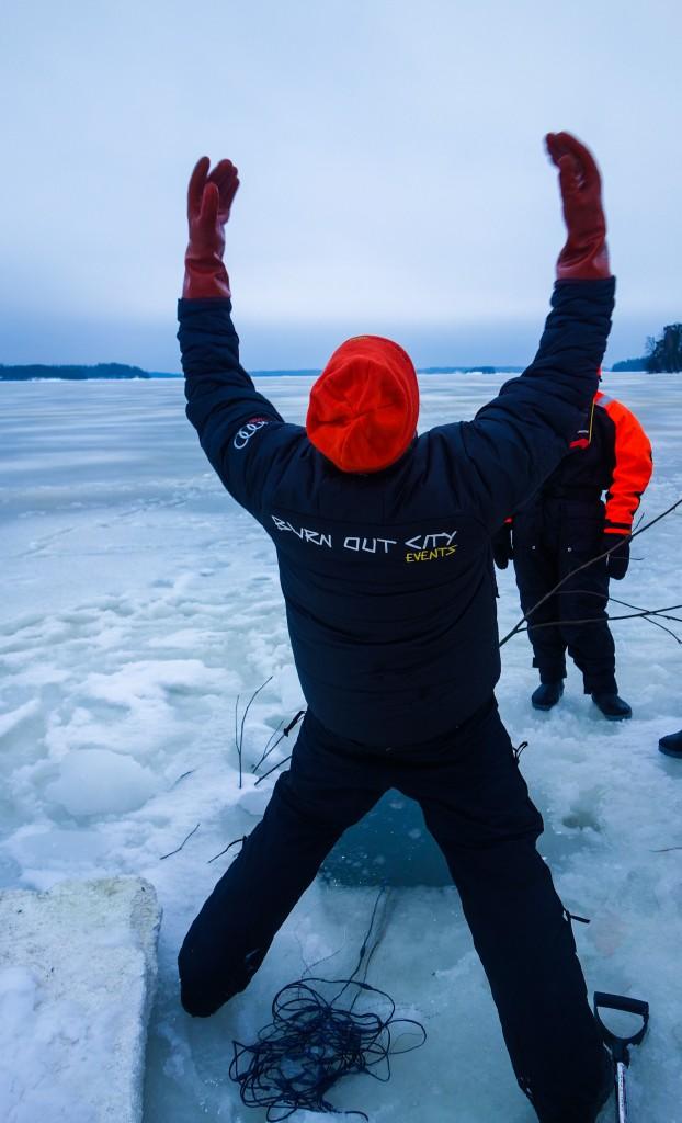 La pêche est bonne, motoneige finlande