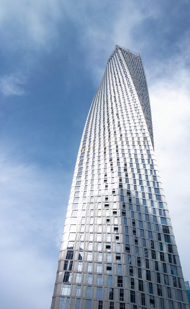 La Tour Cayan, mon bâtiment préféré à Dubaï, Escale à Dubaï