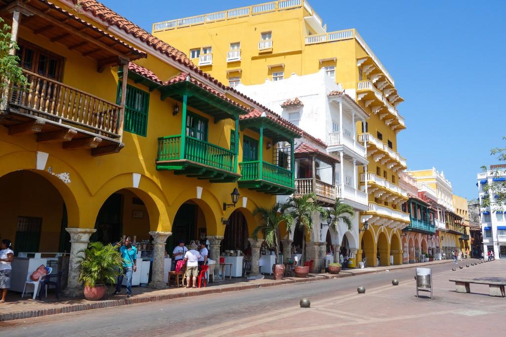 Carthagène des Indes, voyage en Colombie, les couleurs du vieux centre de Cartagena