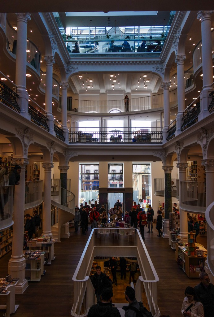 Librairie Carturesti à Bucarest