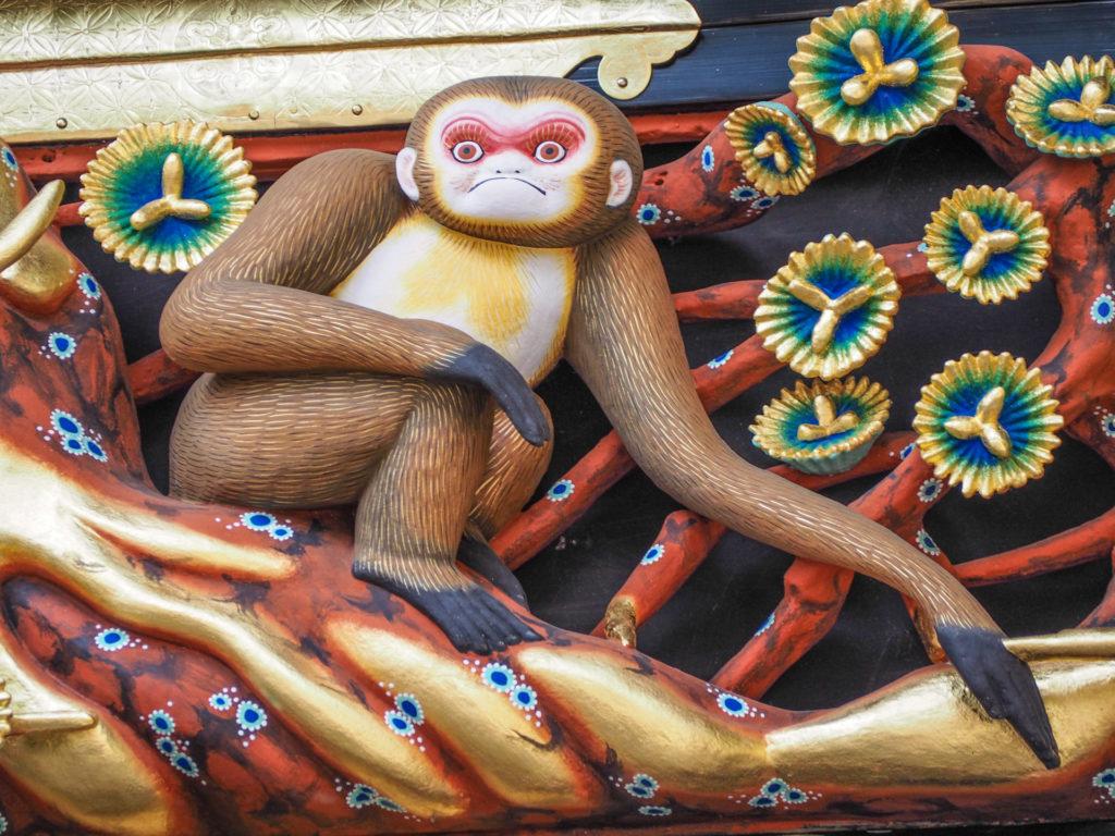 Sculptures sur bois de singes, Nikko-bori