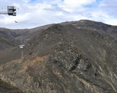 La plus longue balançoire du monde, Nevis