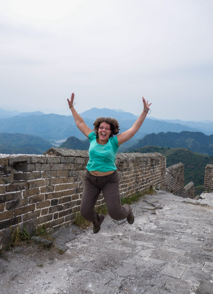 Seule sur la Grande Muraille de Chine