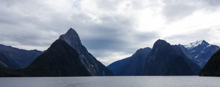 Milford Sound, Nouvelle-Zélande, par Voyages et Vagabondages