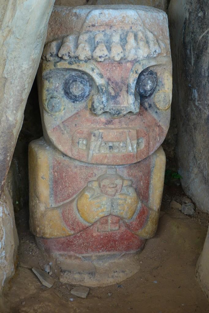 Statue précolombienne