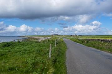 Sur la route dans les Iles Orcades