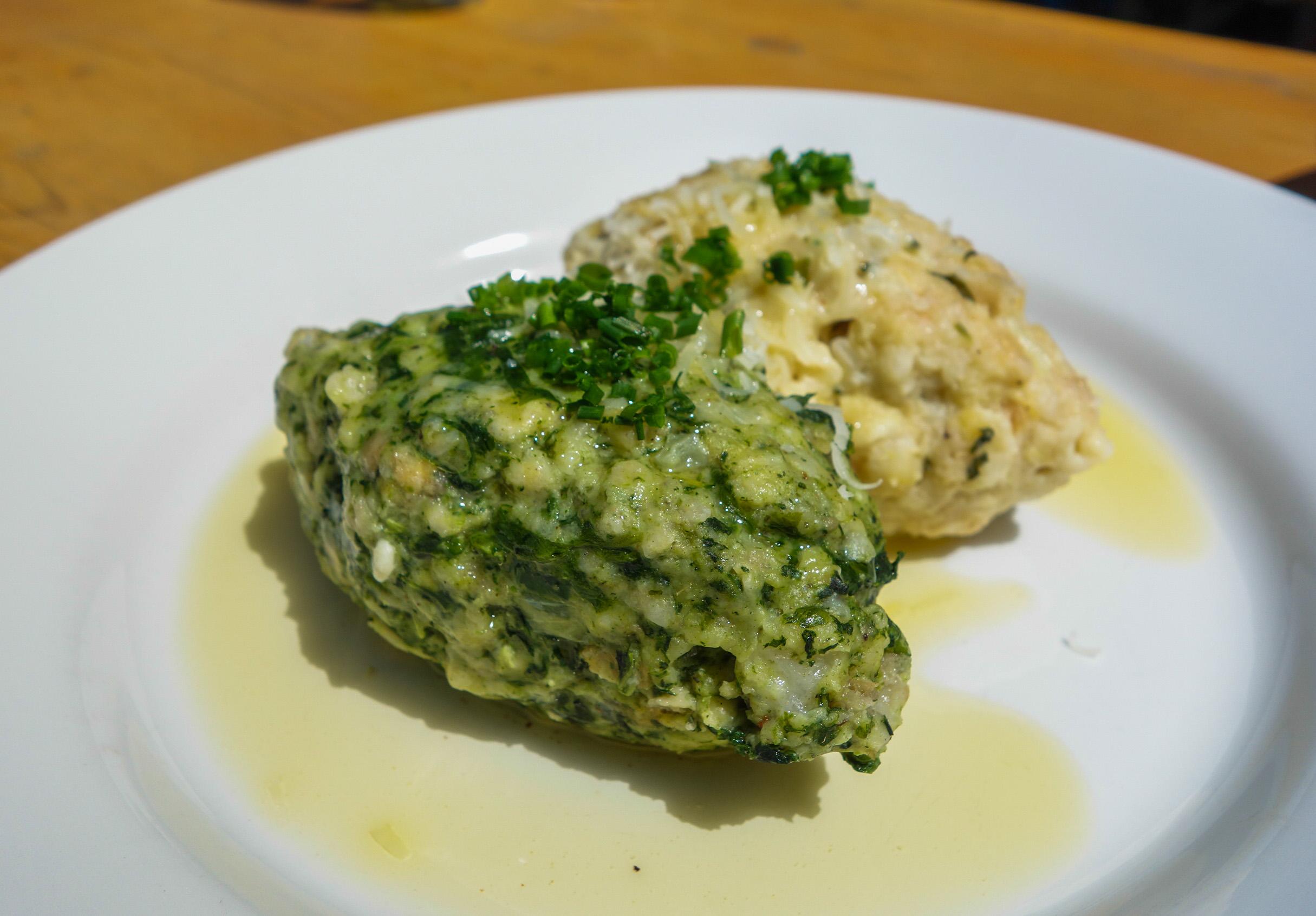 Knödel - un délice de la gastronomie tyrolienne