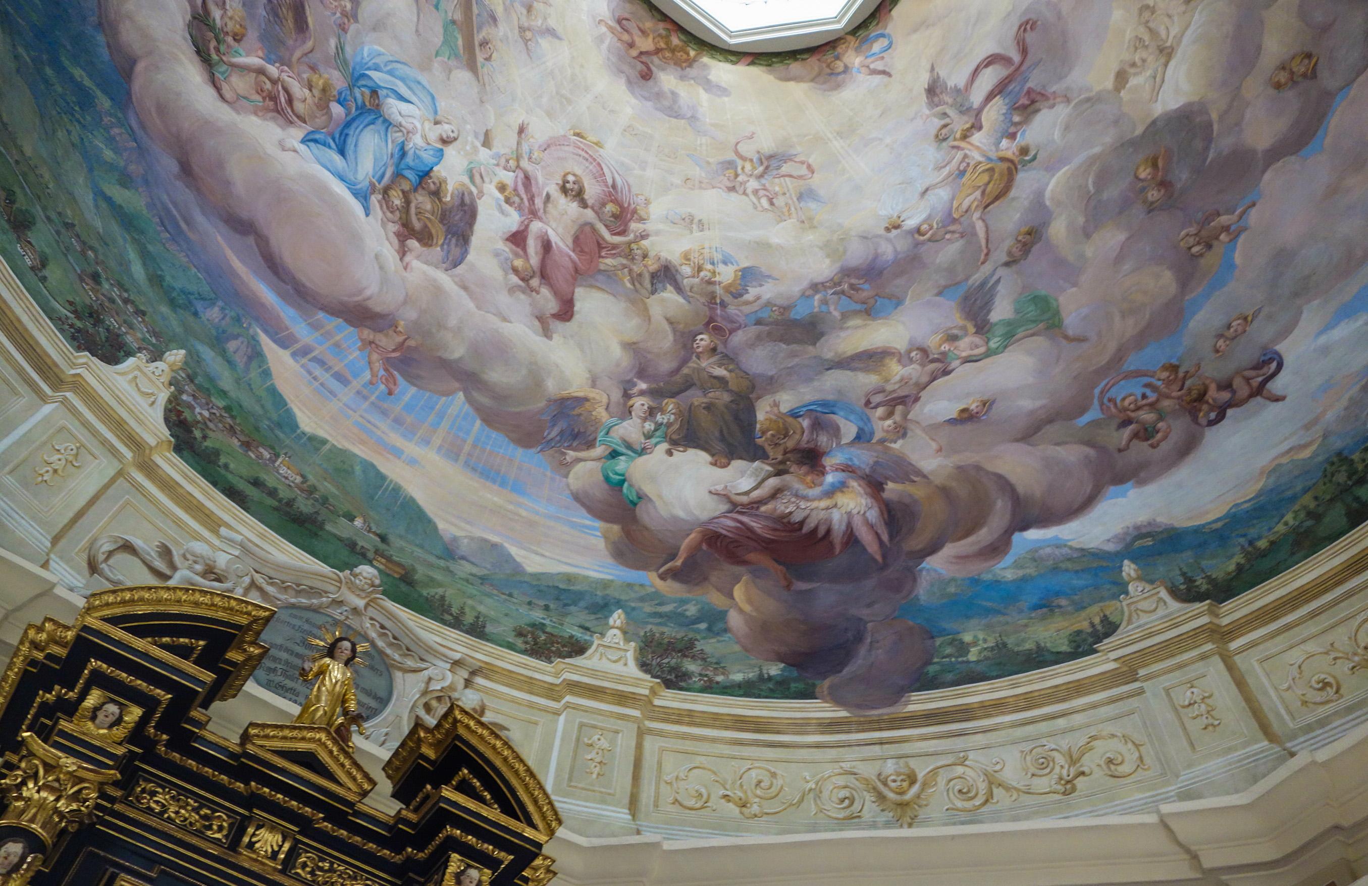 St Johann in Tirol - visite de la cathédrale et de ses peintures incroyables