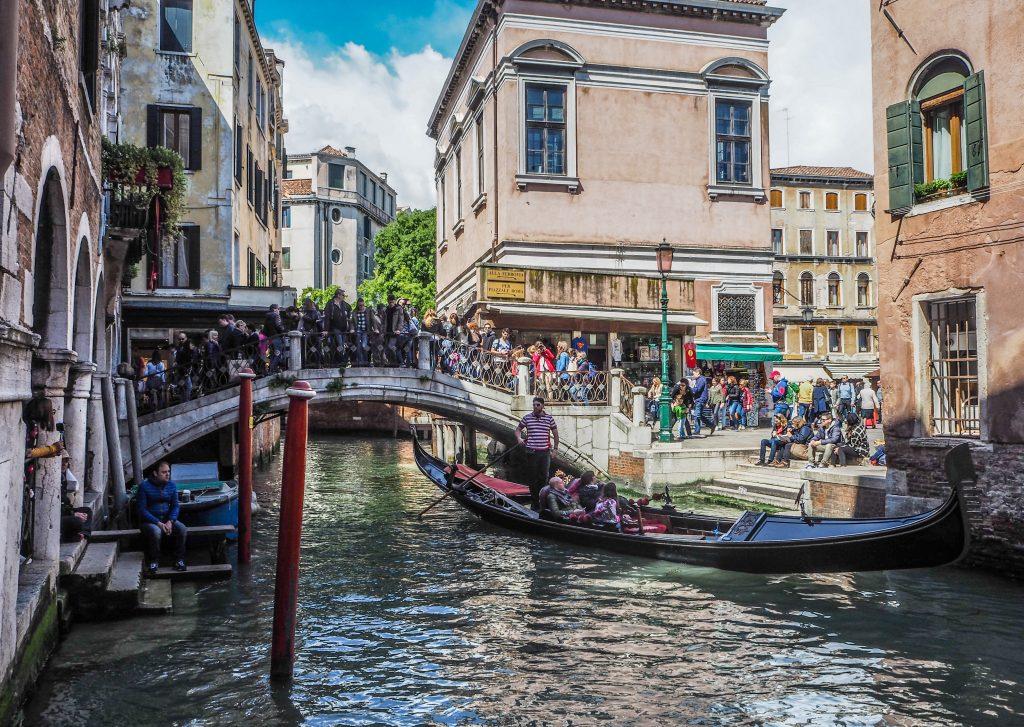 Bain de foule à Venise