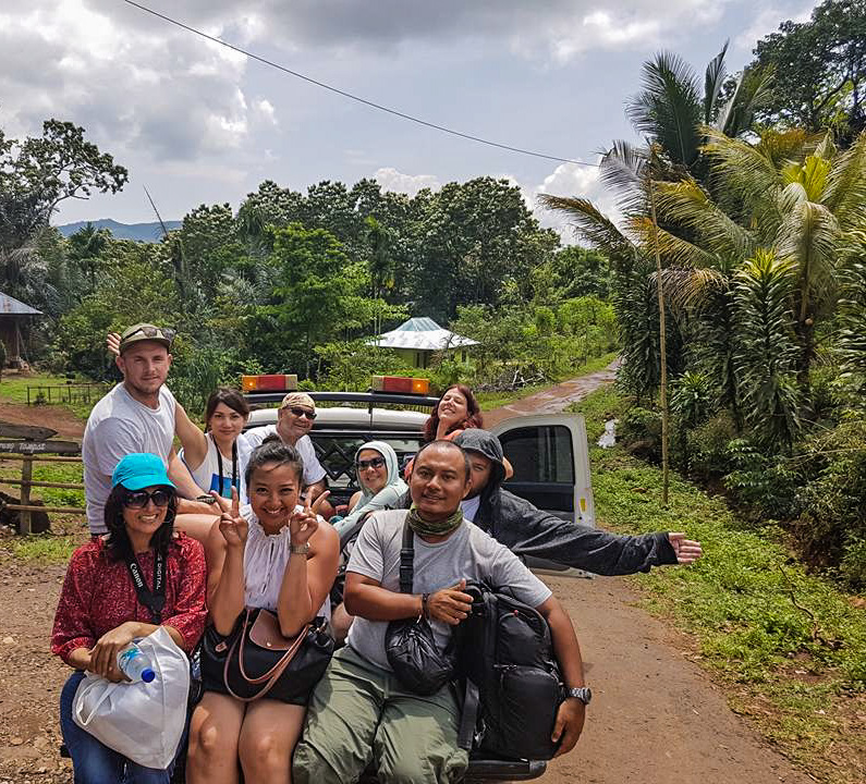 rencontres copine indonésienne qui est Fabiwan akinnifesi datant