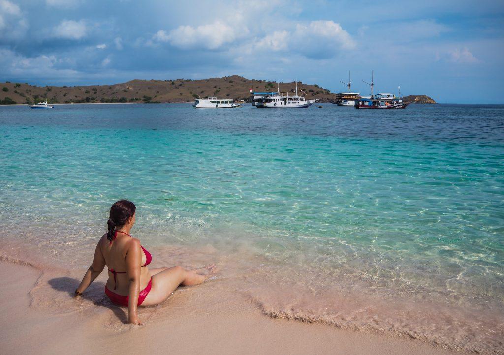 Faire du snorkeling à Pink Beach, à Komodo