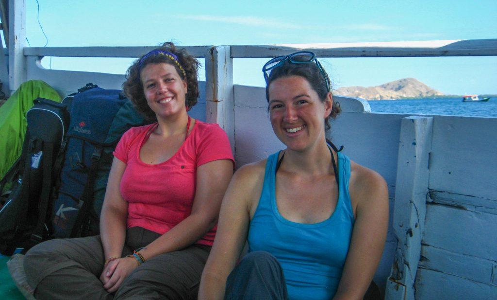 Sarah et moi sur le bateau, lors de notre excursion au Parc National de Komodo