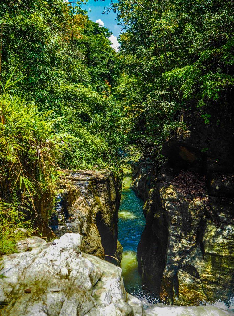 Le canyon de Cunca Wulang à Flores en Indonésie