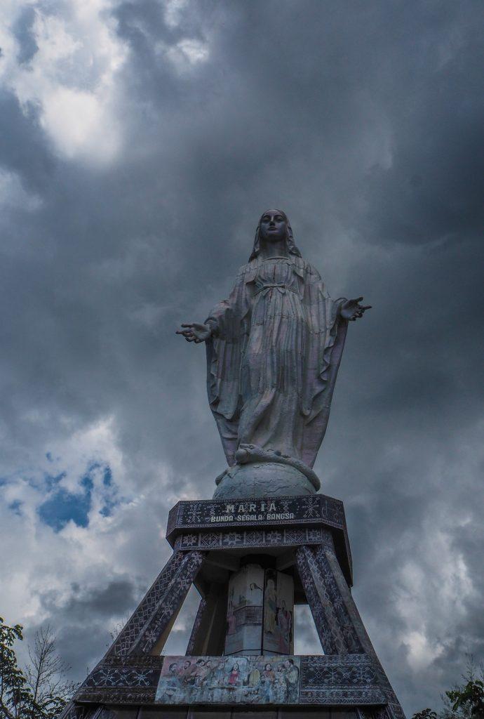 Voyager en Indonésie hors des sentiers battus: la vierge de Nilo à Flores