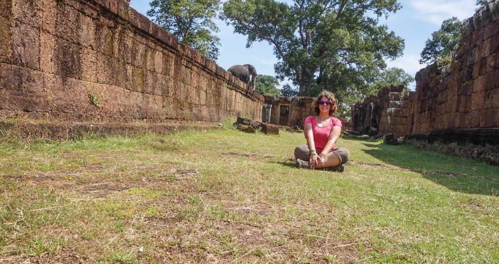 En solo à Angkor, une séance de photos de 20 minutes au retardateur, sans voir quiconque!