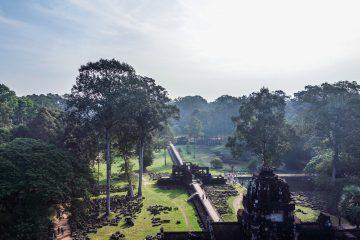 Lever de soleil sr le Baphuon, temples d'Angkor au Cambodge