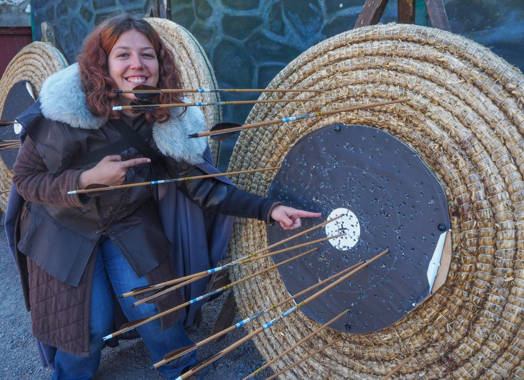 Se ressourcer en voyage et rester en forme: nature et sport en Irlande du Nord: tir à l'arc à Castleward
