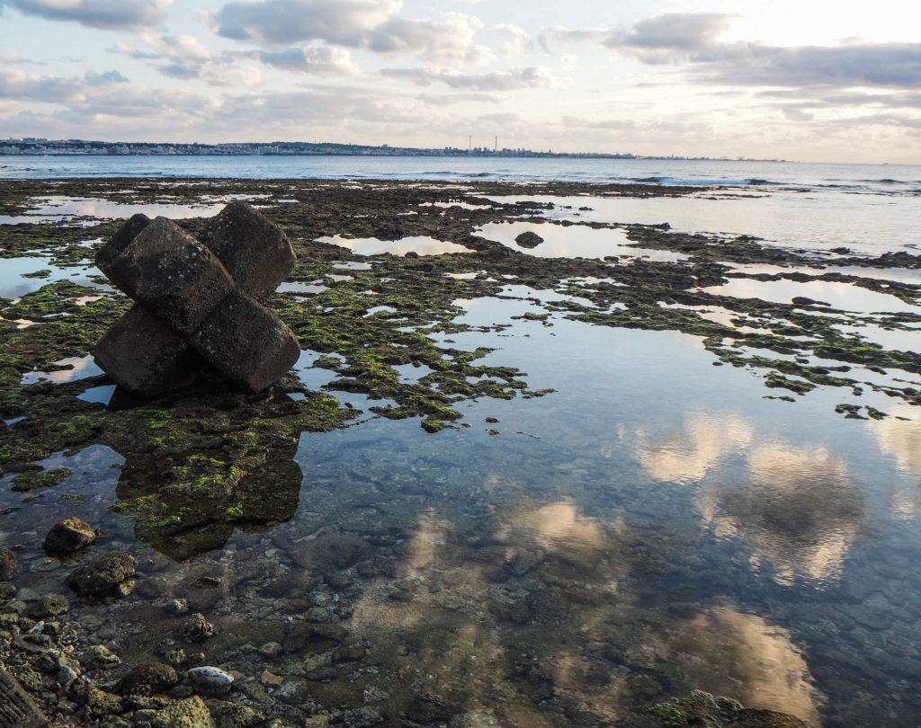 Visiter l'île d'Okinawa au Japon sans voiture: récit, bonnes adresses et guide pratique: coucher de soleil à Chatan
