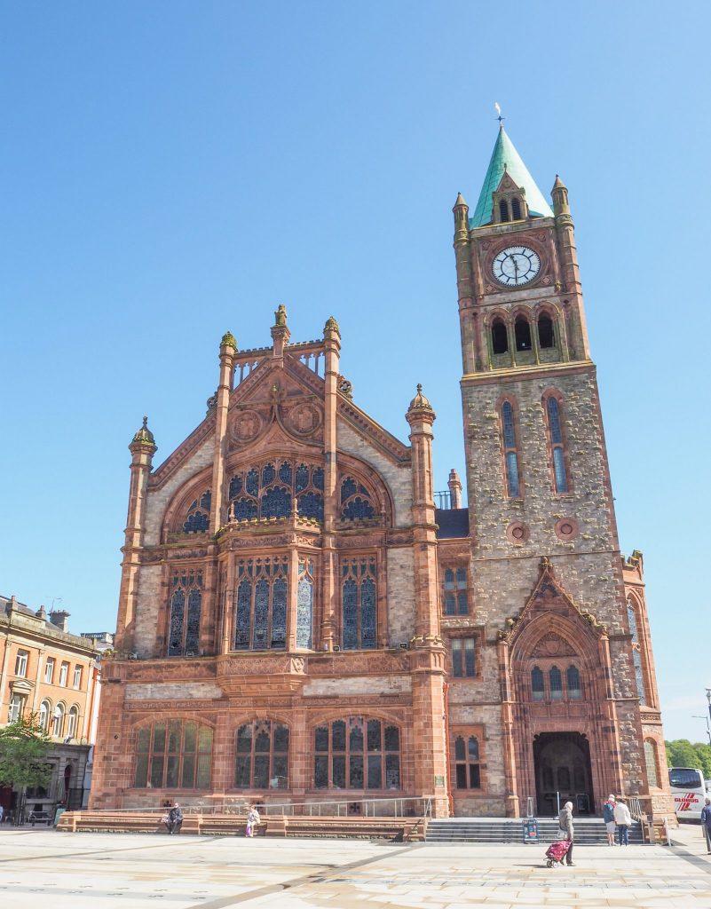 Visite du Guldhall à Derry - Que faire et que visiter à Derry / Londonderry en Irlande du Nord? Guide pratique complet et conseils