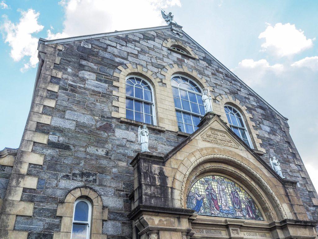 Eglise St Columba à Derry - Que faire et que visiter à Derry / Londonderry en Irlande du Nord? Guide pratique complet et conseils
