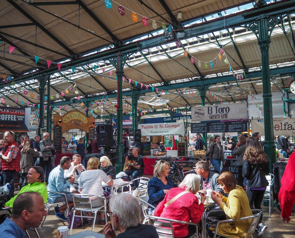 Marché Saint-George à Belfast- Un week-end à Belfast: conseils pratiques et bonnes adresses pour un week-end réussi de quelques jours en Irlande du Nord