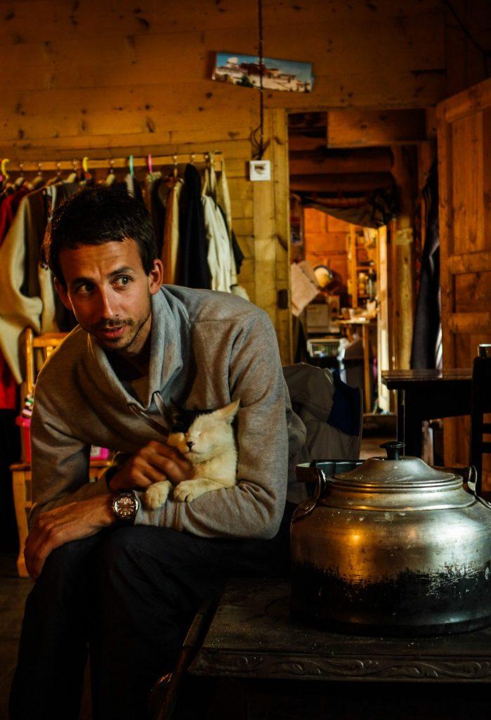 Une de mes photos favorites de notre voyage au Sichuan, un portrait tiré de mon ami Yannick dans notre auberge