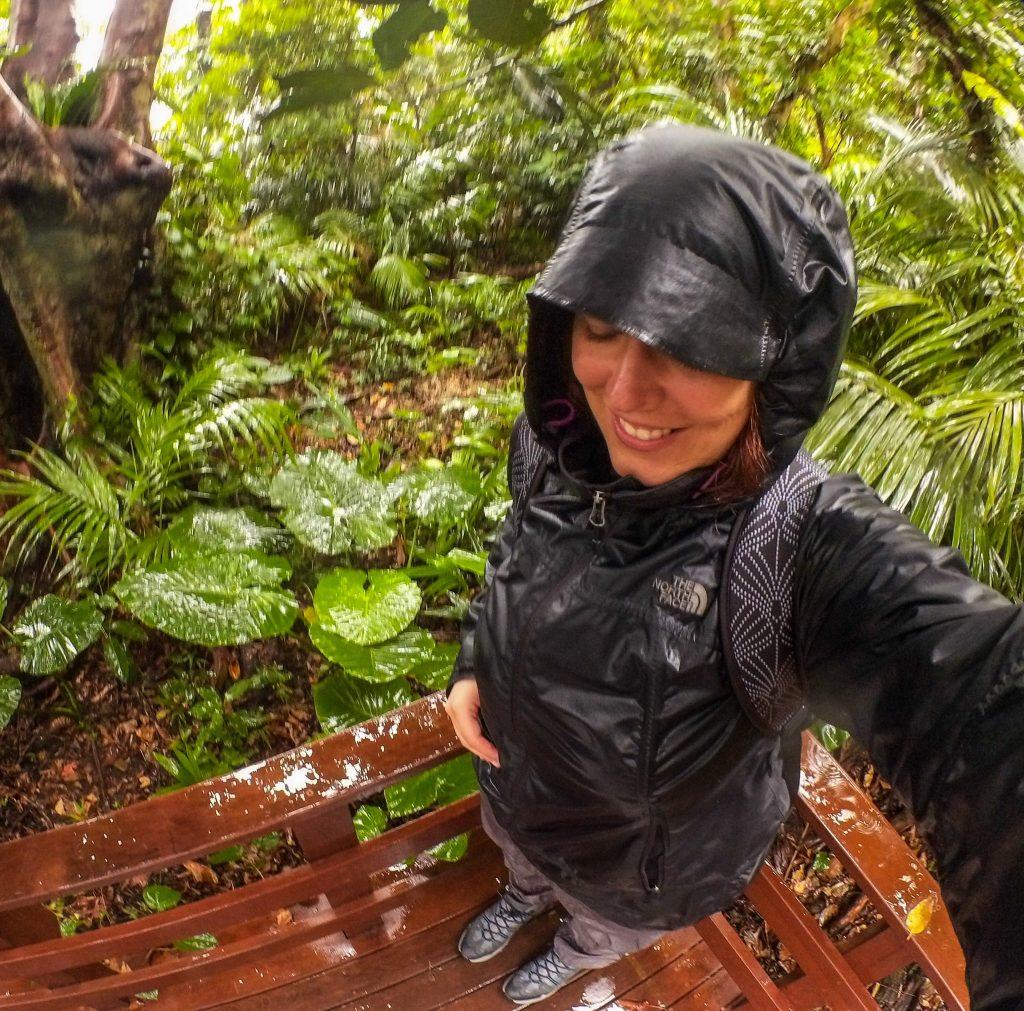 Selfie sous la pluie avec le grand angle de ma Kodak Pix Pro