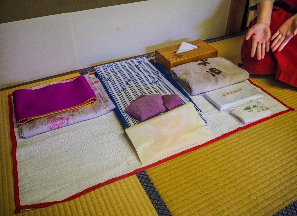 Mon set yukata au ryokan - Vivre l'expérience du ryokan et de l'onsen à Kinosaki : Nishimuraya Honkan