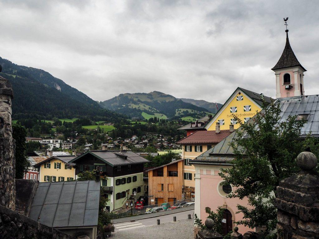Visite de Kitzbühel - visite d'une ville tryolienne traditionnelle et pittoresque lors d'un voyage en Autriche