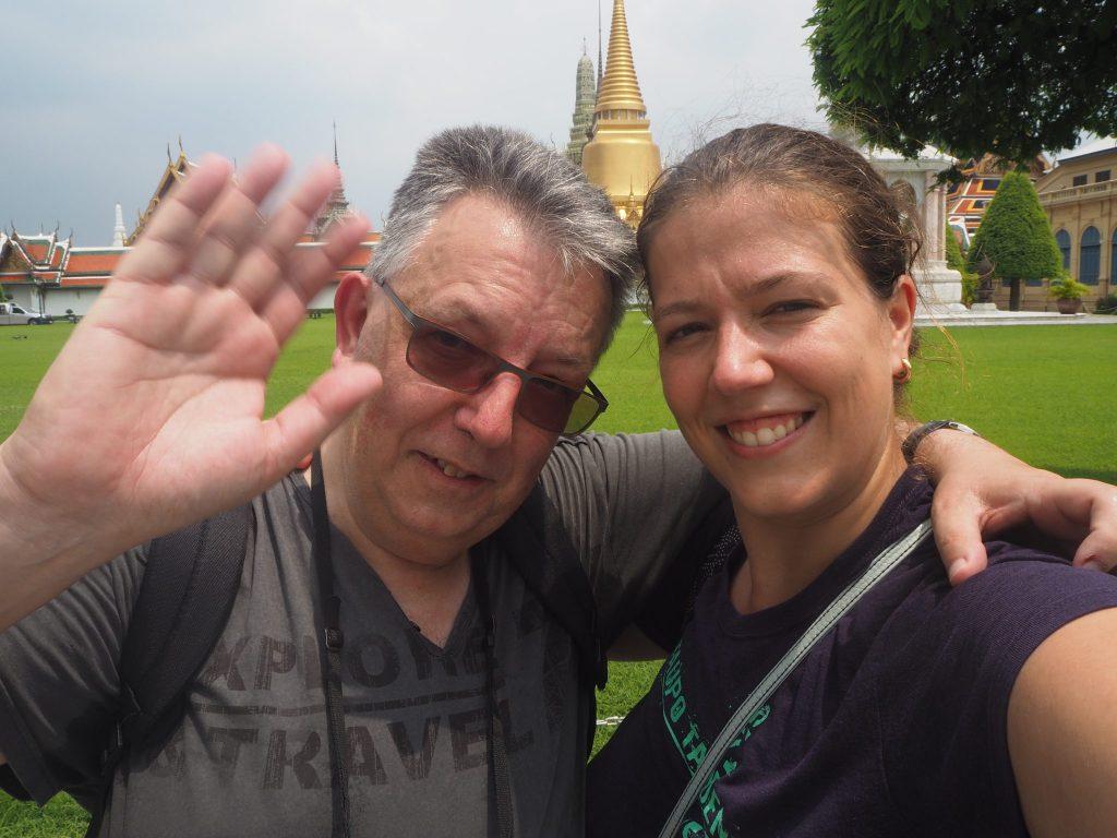 Mon papa et moi en Thaïlande, au grand palais à Bangkok - bilan mensuel octobre 2017