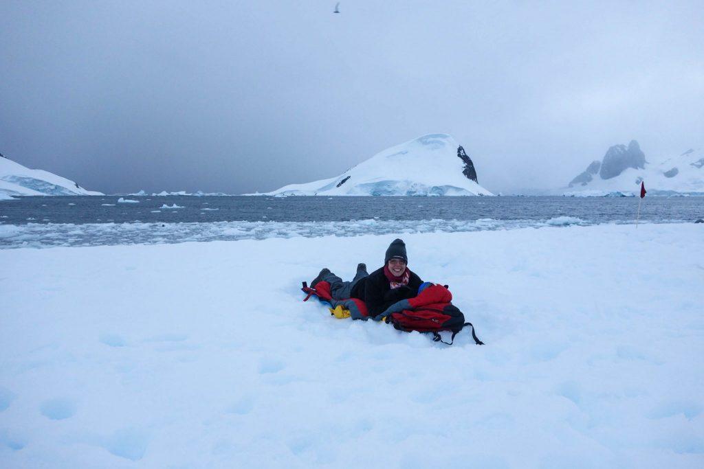 Faire du camping en Antarctique - Comment préparer son voyage en Antarctique? Le guide pratique complet pour tout savoir: budget, itinéraire, activités, équipement, faune, voyage responsable, quelle croisière choisir, que faire en Patagonie et où dormir à Ushuaia...