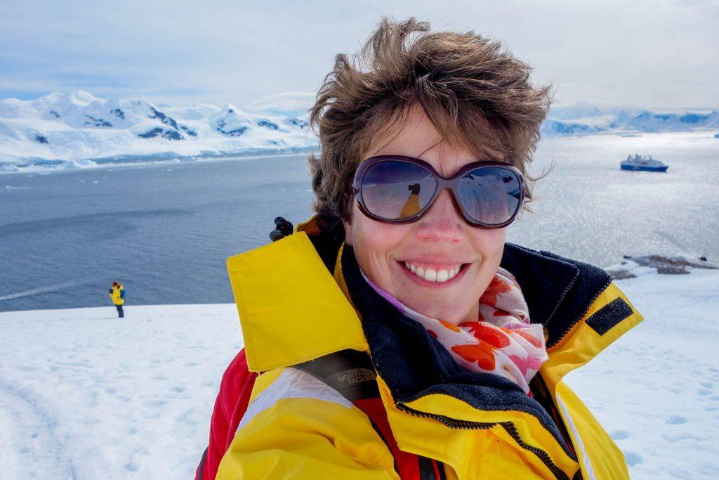Comment choisir une croisière en Antarctique? - Comment préparer son voyage en Antarctique? Le guide pratique complet pour tout savoir: budget, itinéraire, activités, équipement, faune, voyage responsable, quelle croisière choisir, que faire en Patagonie et où dormir à Ushuaia...