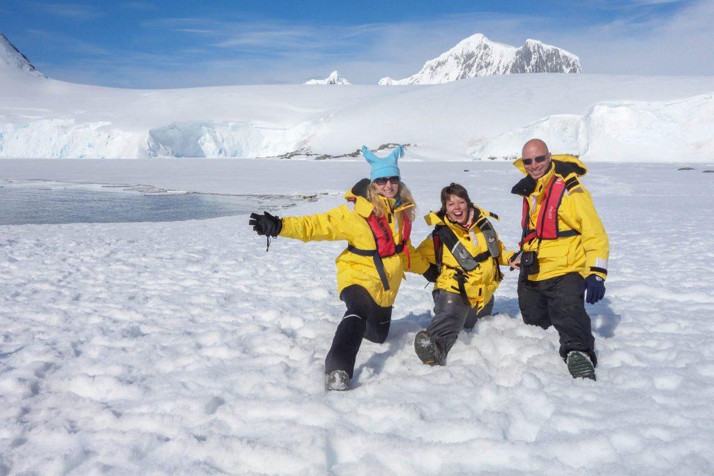 Rencontres en Antarctique - Comment préparer son voyage en Antarctique? Le guide pratique complet pour tout savoir: budget, itinéraire, activités, équipement, faune, voyage responsable, quelle croisière choisir, que faire en Patagonie et où dormir à Ushuaia...