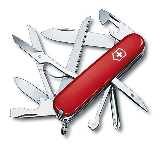 Couteau suisse pour voyageurs