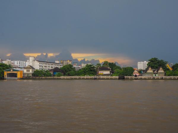 Fleuve Chao Phraya - Que visiter et que faire à Bangkok - Visiter Bangkok: le guide pratique complet pour un premier voyage en Thaïlande et à Bangkok