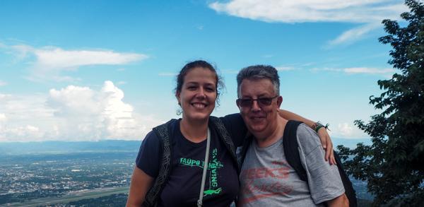 Avec mon papa à Chiang Mai - Visiter Chiang Mai : le guide pratique ultime du voyage lent et nomade à Chiang Mai en Thaïlande