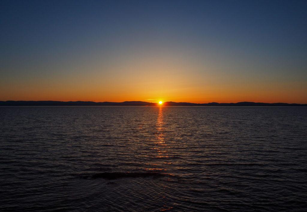 Coucher de soleil sur le Fleuve Saint-Laurent - Itinéraire de road-trip au Canada - 15 jours entre le Bas Saint-Laurent, la Gaspésie et le Nouveau-Brunswick