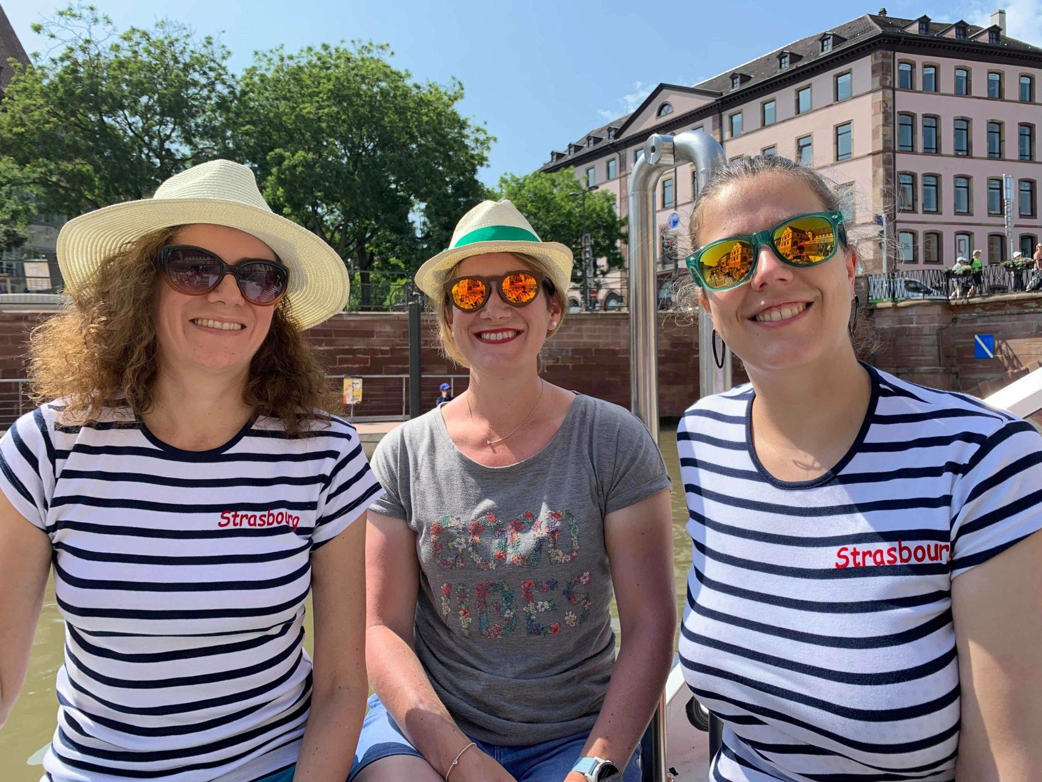 Avec Sarah et Laurène sur le bateau Batorama - Visiter Strasbourg au fil de l'eau: 2 jours dans la capitale alsacienne entre amies - Par Voyages et Vagabondages, le blog du voyage en solo au féminin - Récit, photos, conseils, idées de visite et bonnes adresses pour visiter Strasbourg